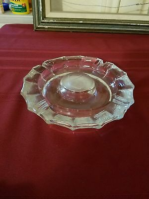 Large Unique Vintage Clear Glass Round Shaped Ashtray Heavy Duty