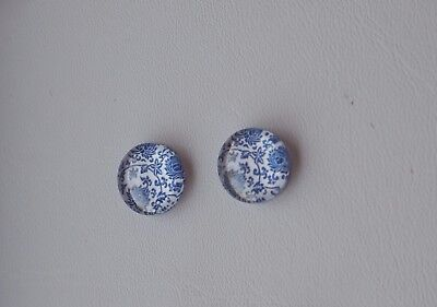 2 x 12mm Glass Dome Cabochons - Pretty Flower design, Blue & White Style 1