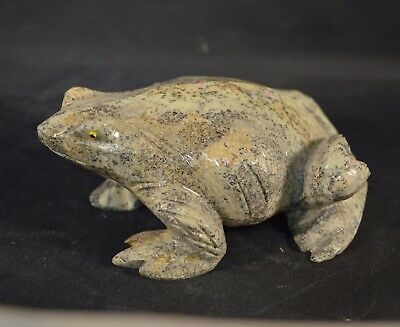 Grenouille en Serpentine sculpture en pierre 130x85mm
