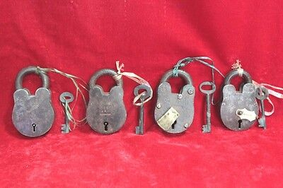 Handcrafted Old Antique Solid Iron Brass 4 Pc Lock and Keys Home Safety PW-85