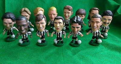 13 x NEWCASTLE  UTD 1995 CORINTHIANS  FOOTBALL FIGURES - ALL DIFFERENT