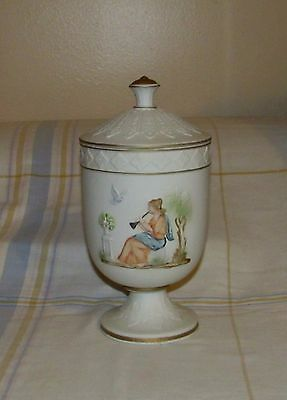 Vtg NAPCOWARE Goddess Athena Footed Bisque Jar With Lid C-8602 Excellent!