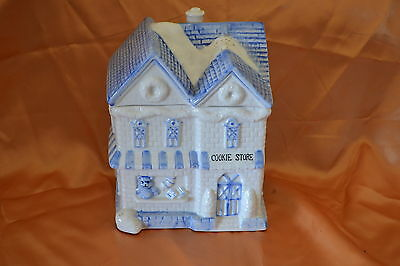 Blue / White Ceramic COOKIE SHOP BISCUIT JAR CANISTER BIN @ Great GIFT Idea