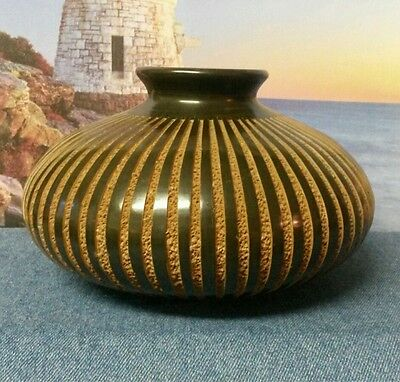 Black and Brown Pottery Vase Handmade in Nicaragua by Artist Roger Calero