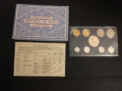 1971 Republic Of India Proof Set,  With Original COA In Mint Condition!!