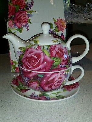 Maxwell Williams Tea for One (Lilac Rose)