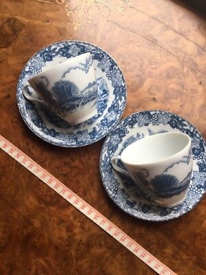Vintage Blue Willow Tea Cups And Saucers