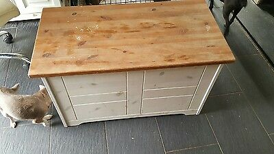 pine chest blanket box H 19.5 in W 34 in and D 17.5 in