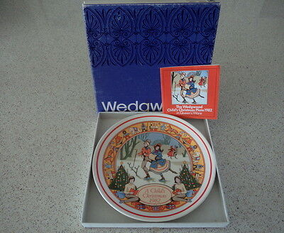 Wedgwood - A Childs Christmas 1982 - Fourth in series