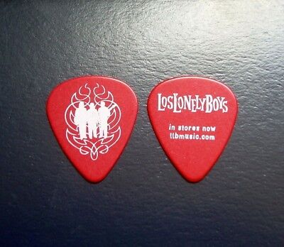 Los Lonely Boys Red Guitar Pick LLB 2004 Silhouette Flame Logo New