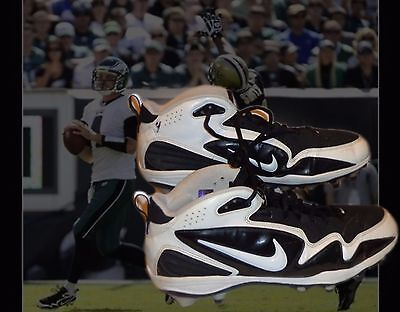 Kevin Kolb Game Used Cleats Photo Matched with COA Philadelphia Eagles NFL