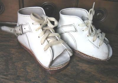 Vtg Pair Sabel's  Baby Toddler Shoes Orthopedic Corrective White Leather Doll