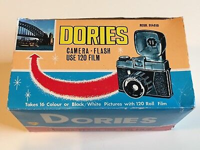 VINTAGE DORIES DIANA TOY 120 FILM CAMERA with FLASH UNIT in BOX! MEDIUM FORMAT