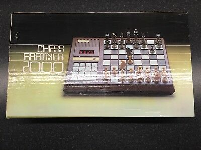 chess partner 2000, chess electric computer game, retro from 1980