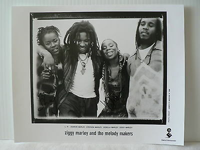 ZIGGY MARLEY AND THE MELODY MAKERS  AUTOGRAPH SIGNED PHOTO by Sharon & Cedella