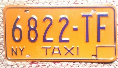 70s NEW YORK VINTAGE TAXI TAXICAB FOR HIRE LICENSE PLATE NEW YORK CITY MANHATTAN