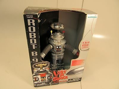 Lost In Space B9 Robot 1998 with ray gun by treadmasters