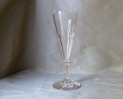 Antique Victorian Petal Cut Crystal Champagne Glass with Disc in Stem, h 17,3cm