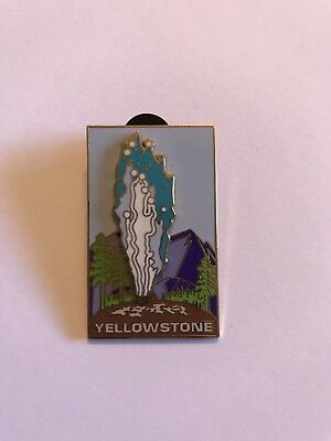 Yellowstone National Park Collector's Pin Old Faithful Moving Water Collectible