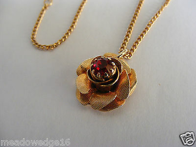Sarah Coventry Goldtone Necklace Ruby Red Rhinestone Rose Flower Rosette