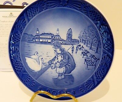 "Royal Copenhagen Christmas Plate 2017 ,  "" Walk By The Lake """
