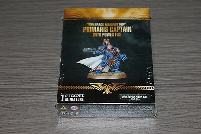 Warhammer Space Marine Limited Edition Primaris Captain with Power Fist