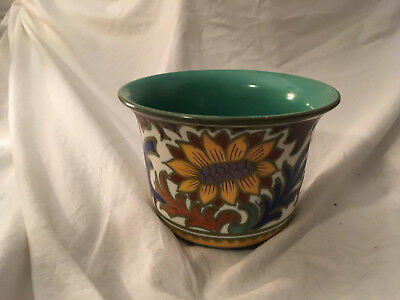 Gouda Sunflower Pot, with the markings on the bottom.