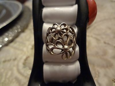#63--Vintage Sterling Silver Ring--925--Size-7