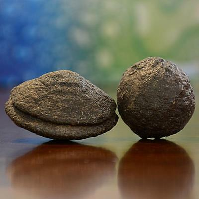 Beautiful Pair of Large Moqui Marbles (Shaman Stones) from Utah 213 grams