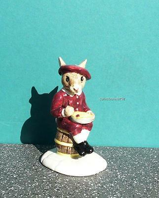 DB221 Royal Doulton Bunnykins Little Jack Horner