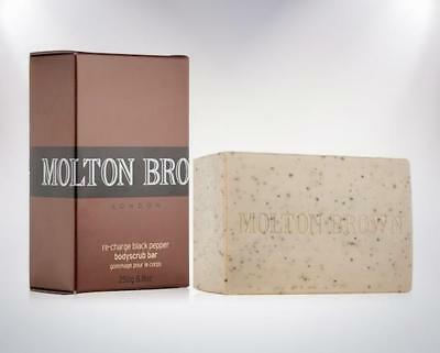Molton Brown Re-charge Black Pepper Bodyscrub Soap Palm Body Bar