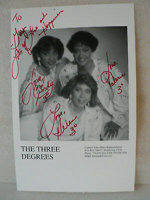 THE THREE DEGREES R & B Trio AUTOGRAPH SIGNED PHOTO By The 3 Members