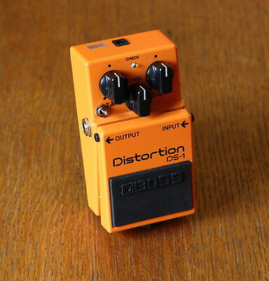 Boss DS-1 Distorion With Keeley Ultra/SEM Effect Pedal -->Huge Improvement<--