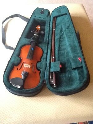 Stentor Student 1/4 Size Violin with Case