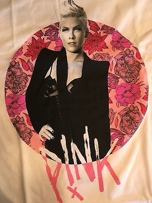 P!NK PINK Alecia Moore Summer 2017 Tour White Graphic T-Shirt Medium Rare New
