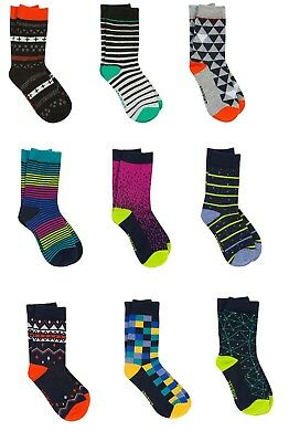 Lot Of 9 Pairs Of Pair Of Thieves Boy's Performance Socks Small/medium Large/xl
