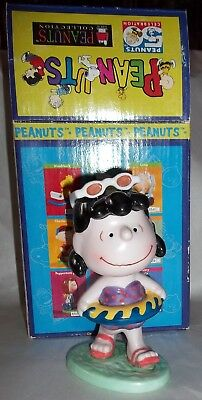Peanuts Lucy Ceramic Figurine 1998 Statue in Box