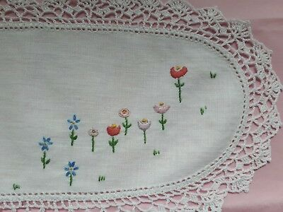 Vintage Hand Embroidered Tray  Doily - So Pretty!
