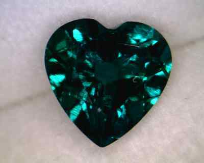 Created Emerald 7x7mm Heart Shaped AA - Quantity of 10