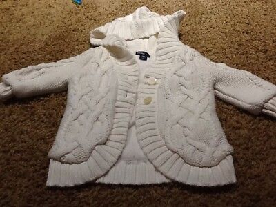 Baby Gap Girls White Hooded Sweater Fleece Lined18-24 Mo