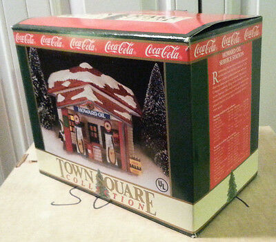 Coca Cola Coke Christmas Town Square Howard Oil Service Station (1992) No Bulb