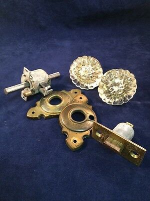 Vintage Yale Locking Glass Crystal Doorknob Complete Set