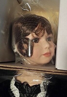 Danbury Mint Annabelle Doll by Thelma Resch Limited Edition!