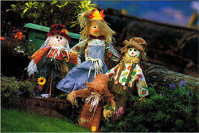 SCARECROW FAMILY Modern Russian postcard