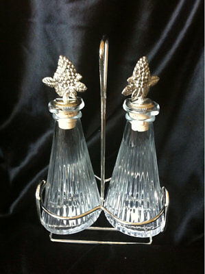 Oil & Vinegar Mikasa Diamond Fire Set Silver Plated Grape Stoppers and Stand