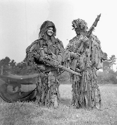 WW2  Photo WWII Canadian Snipers 1st Parachute Battalion  World War Two / 1601