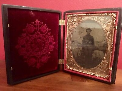 1860s CIVIL WAR Tintype Gutta Percha Union Case Cavalry/Artillery 1/4 Plate Tint
