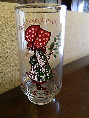 "Vintage HOLLY HOBBIE CHRISTMAS TUMBLER GLASS  Coca Cola Restaurant ""Gift of Joy"""