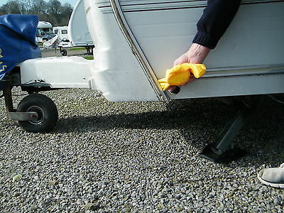 Caravan awning rail Cleaner and Polisher