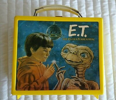 E.t. Vintage Lunchbox W/plastic Thermos 1982